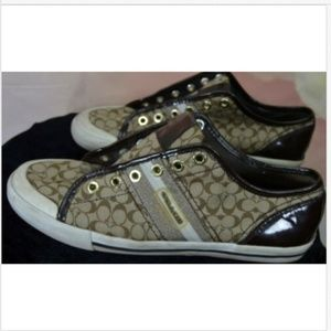 Coach Signature Tie-up Sneakers Size 9.5 B